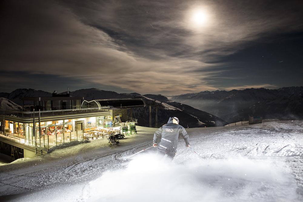 Moonlight Skiing & Dinner in de Zillertal Arena