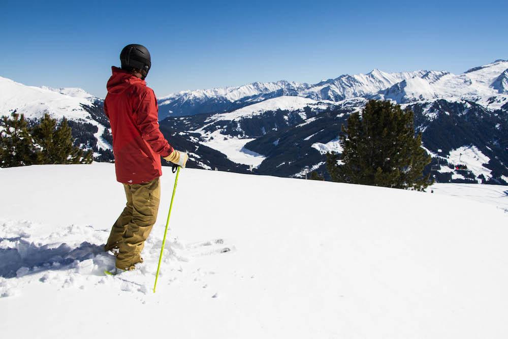 TRAUMJOB: Bezahltes Reisen und Skifahren auf drei Kontinenten