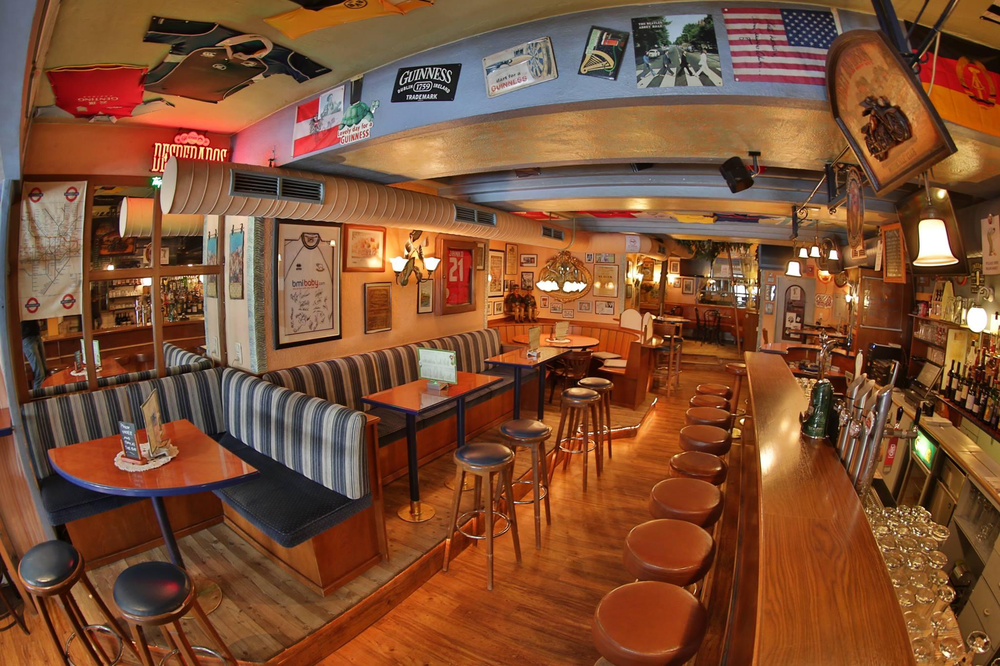 Arbeiten im Ötztal - Irish Pub Chris&Co